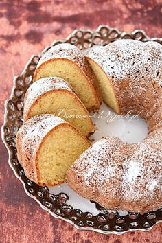 Lemon cream cheese ring cake – recipe – Famous Last Words Sweet Recipes, Cake Recipes, Dessert Recipes, Kolaczki Recipe, Mexican Bread, Polish Recipes, Polish Food, Ring Cake, Lemon Cream