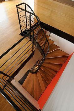 Escalier balancé contemporain 2