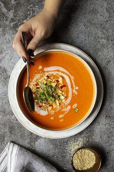 Potage de poivrons rouges, pomme et cari - K pour Katrine Ramen, Curry, Gluten Free, Yummy Food, Vegan, Cooking, Ethnic Recipes, Drink, Gazpacho