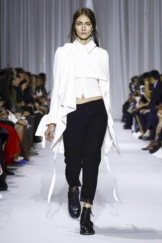 Ann Demeulemeester Ready To Wear Spring Summer 2017 Paris