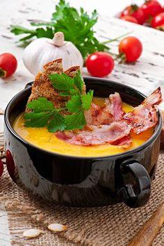 Supă cremă de dovleac cu costiță afumată Food And Drink, Pudding, Cooking, Ethnic Recipes, Desserts, Kitchen, Soups, Mary, Kitchens