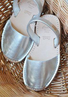 Castell Avarcas Sandals