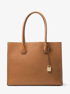 95c99c7c87833 151 Best Bags   Shoes images