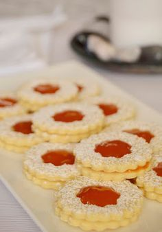 Hungarian Cookies, Macedonian Food, Hungarian Recipes, Biscotti, Doughnut, Cocoa, Buffet, Sweet Treats, Food And Drink