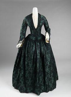 Metropolitan Museum 19th century Fashion | Evening Dress 1850-1855 The Metropolitan Museum of Art