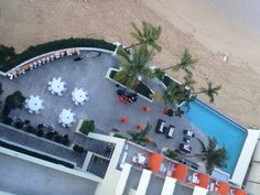Looking a perfect place to celebrate your Rehearsal Dinner.  Ocean Pool Terrace at La Concha Resort in San Juan, Puerto Rico sounds perfect!