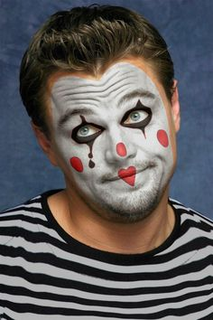 18 bästa bilderna på Clown  29d67a452550f