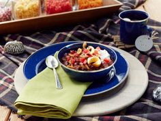 Get Beef and Bean Chili with Toppings Bar Recipe from Food Network