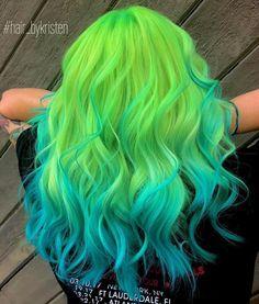 Neon Green - Newest Color Trend - Frisuren - Hair Neon Green Hair, Green Hair Colors, Hair Dye Colors, Hair Color Blue, Blue Hair, Green Hair Men, Blue Green, Lilac Hair, Pastel Hair