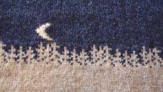 Maximum visual information in minimum stitches. Fair Isle Knitting Patterns, Knitting Paterns, Fair Isle Pattern, Knitting Charts, Knitting Stitches, Knitting Projects, Baby Knitting, Knitting Ideas, Crochet Cross