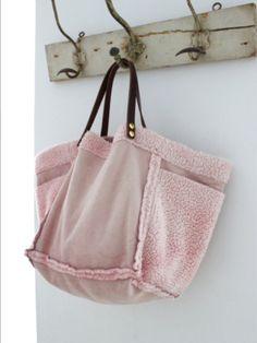 great hanger and nice bag.