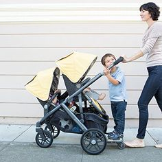 Let's take a look at some of the major differences between the UPPAbaby Vista and UPPAbaby Cruz. Which stroller is right for you? Used Strollers, Double Strollers, Baby Strollers, Uppababy Vista Double Stroller, Double Stroller Reviews, Twin Pram, Best Lightweight Stroller, Jogging Stroller, Ballerinas