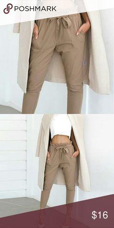 Tie front pants. Super cute tie front casual pants. Size S! Pants Skinny