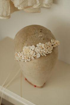 couture bridal headpiece by www.parantparant.se