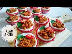 KUE TALAM ABON,GANDUS LEMBUT DAN GURIH - YouTube Snack Box, Beef, Snacks, Food, Meat, Appetizers, Essen, Meals, Yemek