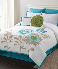 Blue & Green Blossoms Comforter Set