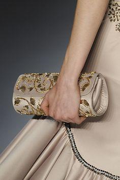 Clutch Dourada coleção festa marca Daniela Motti