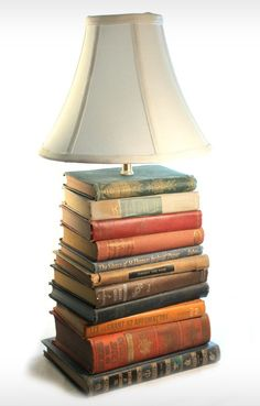 LOVE the look of this DIY idea: vintage book lamp ... although I cannot bear to damage an old book .... so????