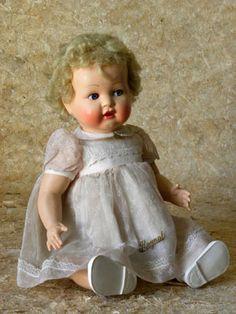 Baby-boom, poupées françaises 1946-1959- Musée de la Poupée Paris - poupées mythiques du baby-boom...                                                                                                                                                                                 Plus