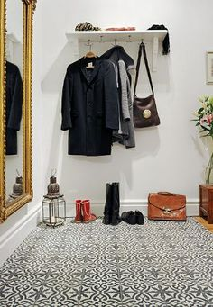Happiness Crafty: Decorating Ideas for Entry Ways... would love to have a funky carpet in my closet!