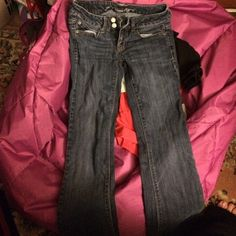 American Eagle Flare jeans size 2 Gently worn flare jeans. Size 2 no rips or stains just like brand new!! American Eagle Outfitters Jeans Flare & Wide Leg