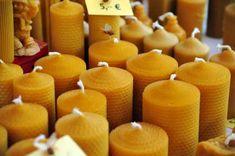 Kerzen aus Bienenwachs - (Foto: iStockphoto/Stephan Zabel)