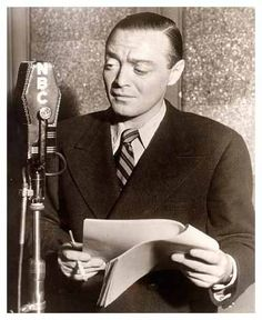 Peter Lorre meets Abbott Costello in some old-time radio goodness for Day 15 of 32 Days of Halloween V Old Hollywood Movies, Hollywood Actor, Vintage Hollywood, Classic Hollywood, Hollywood Stars, Fred Allen, Peter Lorre, Abbott And Costello, Old Time Radio