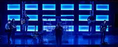 Widescreen-Light-Panels-Stage-Design