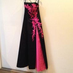 Stunning Tiffany Gown Who wouldn't want to be seen in this!!!!! Dresses Prom