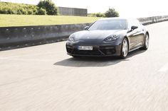 Porsche: Erster! Wir sind schon den neuen Panamera gefahren - WELT HD