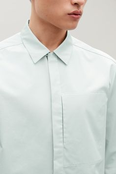 COS image 4 of Cotton overshirt with hidden pocket in Mint Men's Business Outfits, Streetwear Summer, Men's Wardrobe, Minimal Fashion, Mens Clothing Styles, Men Casual, Menswear, Mens Fashion, Shirt Dress