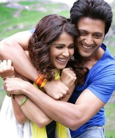 This is the super-cute couple of bollywood- Riteish Deshmukh and Genelia