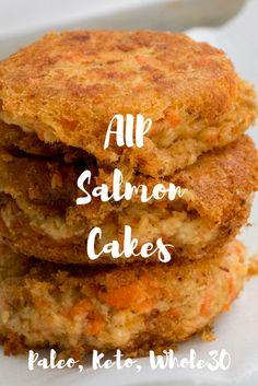 Salmon Cakes (AIP, Paleo, Keto, Whole30) Makes: 3 salmon cakes Prep time: 10 mins Cook time: 10 mins Ingredients: 1 6-oz can wild pink salmon 1/4 tsp garlic powder 1/4 tsp salt 1/4 tsp dried dill 1/4 tsp lemon juice 1/2 tbsp coconut flour 1 tsp coconut
