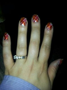 Criss cross nail design
