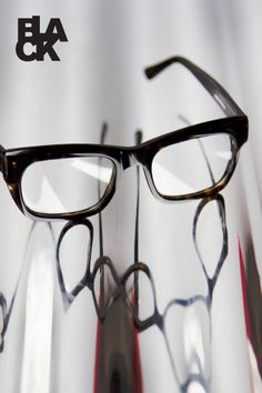 95d4b5b7dde6 Buster - Modern eyewear  iconic glasses and sunglasses - Black Eyewear