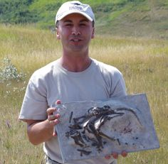 Update on the media afternoon at the Devil's Coulee fossil site in southern Alberta.