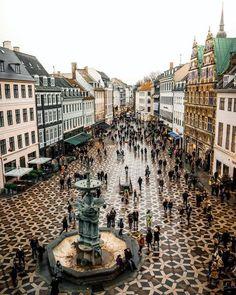Entdecken Sie das Alte und Neue in Kopenhagen, Dänemark. – Nagel Kunst Discover the old and new in Copenhagen, Denmark. Places To Travel, Places To See, Travel Destinations, Denmark Travel, Denmark Food, Visit Denmark, Germany Travel, Voyage Europe, Europe Europe