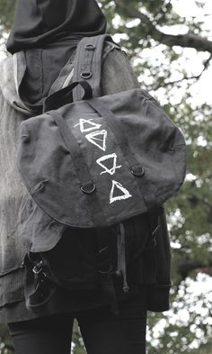 THE ELEMENTS BACKPACK