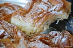 The good Shephard, the secrets of Mrs. Greek Sweets, Greek Desserts, Cold Desserts, Greek Recipes, Easy Desserts, Food Network Recipes, Cooking Recipes, Puff Pastry Desserts, The Kitchen Food Network