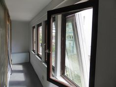 ...hier sind noch unsere alten Holzfenster verbaut.