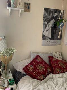 Room Ideas Bedroom, Bedroom Inspo, Bedroom Decor, Uni Room, Dorm Room, Dream Rooms, Dream Bedroom, Cute Room Decor, Pretty Room