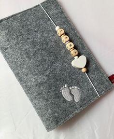 U-Hefthüllen - U-Heft Hülle aus Filz  - ein Designerstück von Utas-Naehstuebchen bei DaWanda