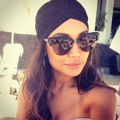 Summer chic look with head scarf fall outfits Ray Ban Sunglasses Sale, Sunglasses Outlet, Sunglasses Women, Sunglasses 2016, Sports Sunglasses, Celebrity Sunglasses, Gucci Sunglasses, Oversized Sunglasses, Sunglasses Online