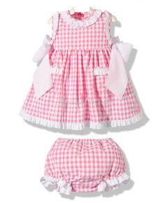 Vestido con braguita cuadros vichy rosa