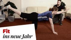 Im dritten Teil der Serie zeigt unser Fitness-Experte Übungen für zu Hause, mit denen Sie der Volkskrankheit Rückenschmerzen effektiv vorbeugen oder bereits bestehende Beschwerden lindern können.