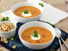 How To Make Pumpkin Chipotle Soup - This is a wonderful, quick soup that works as a main dish with a compliment of cornbread, or as a great accent dish with your Mexican favourites! Garnish with shredded Monterey Jack cheese and freshly chopped cilantro. This soup holds well in a slow cooker set on Low!