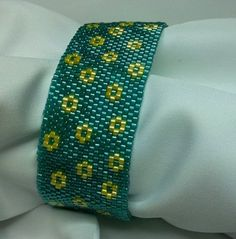 FREE SHIPPING lLovely Flowers bracelet green and by Mamyblue, $40.00