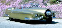 Manta Ray, 1953. A fibreglass-bodied custom car built by Glen Hire and Vernon Antoine of Whittier, California