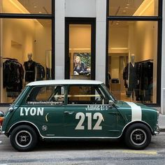 Rover Mini Cooper, Mini Cooper Sport, Mini Cooper Classic, Classic Mini, Classic Cars, Retro Cars, Vintage Cars, British Sports Cars, Car In The World
