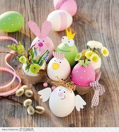 Ostern basteln Vasen aus Ei Mehr By far the most historical Easter time presents, in Egg Crafts, Easter Crafts, Diy And Crafts, Crafts For Kids, Fall Crafts, Bunny Crafts, Wooden Crafts, Thanksgiving Crafts, Summer Crafts